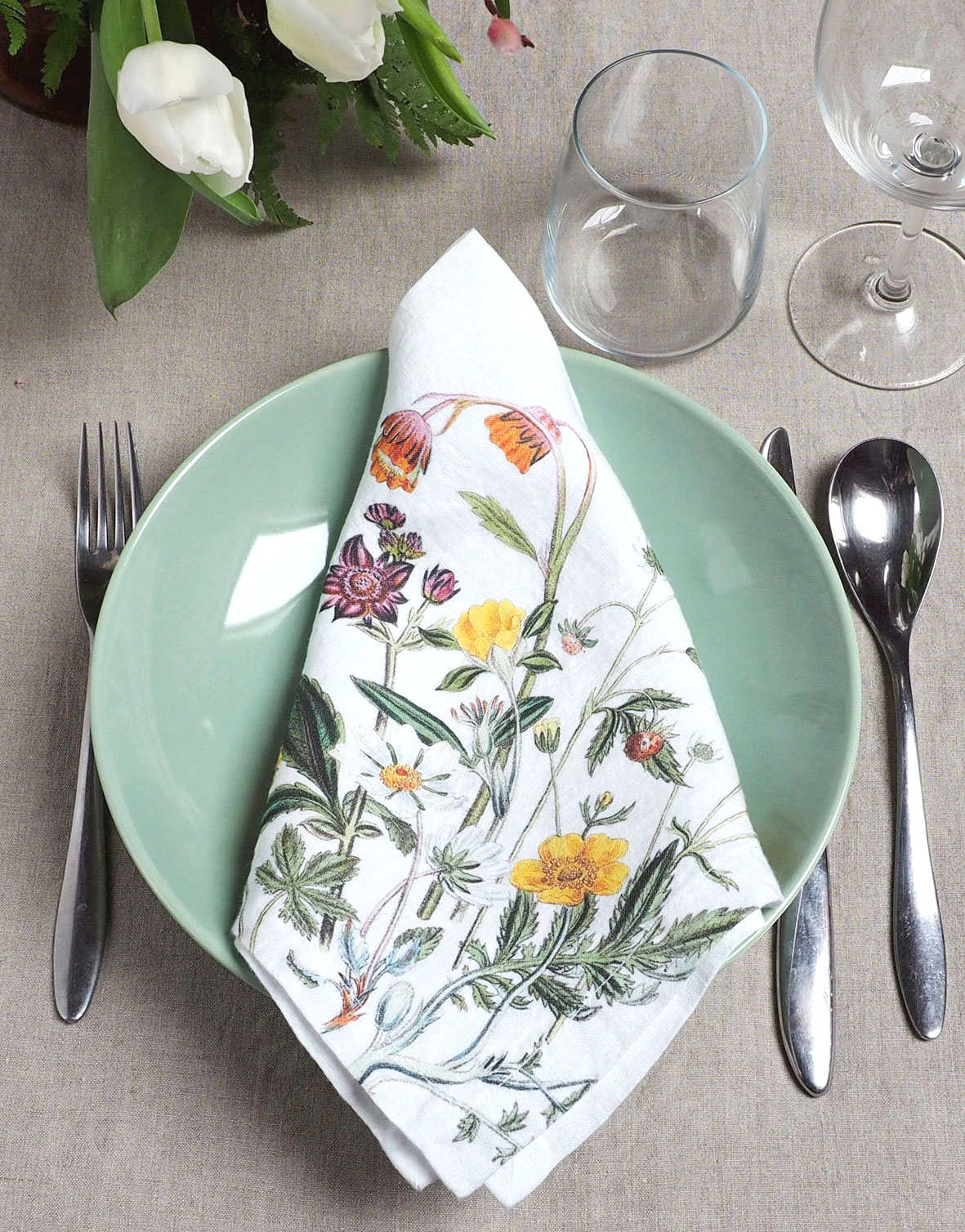 Wild Flowers linen cloth napkins from Linoroom