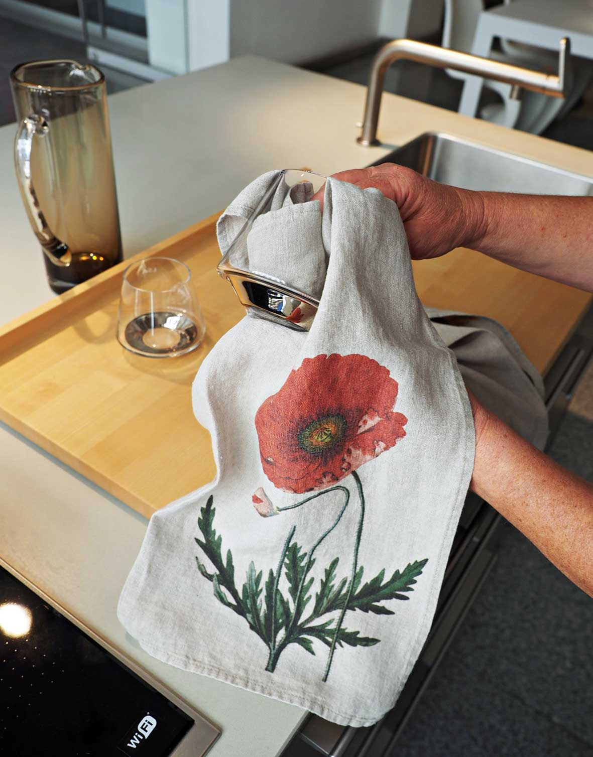 Linen floral tea towels Poppy from Linoroom