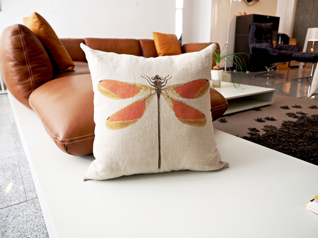 Linen cushion covers is a sustainable home accessory also suitable for allergic people