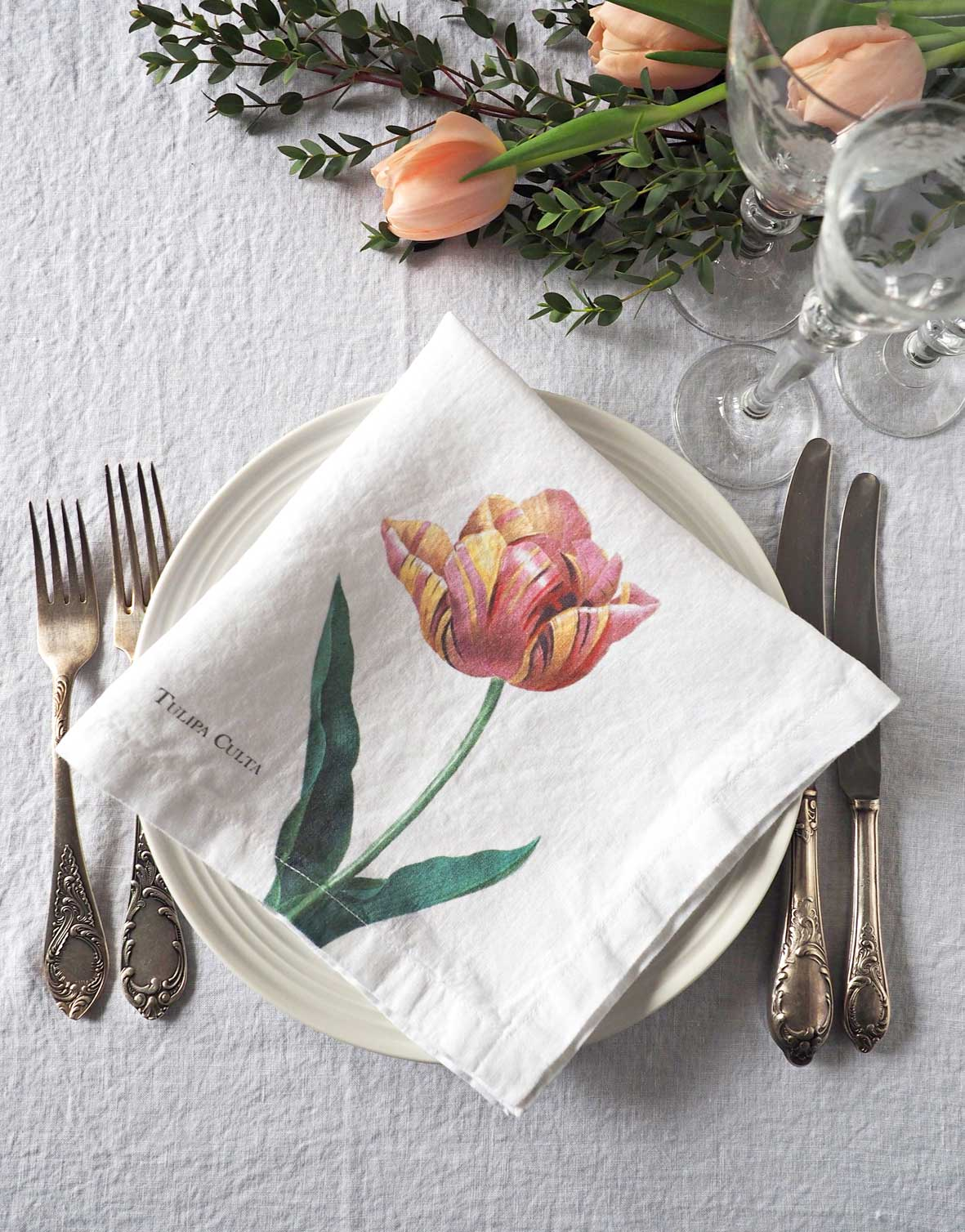 Pink Flower Linen Napkins from Linoroom