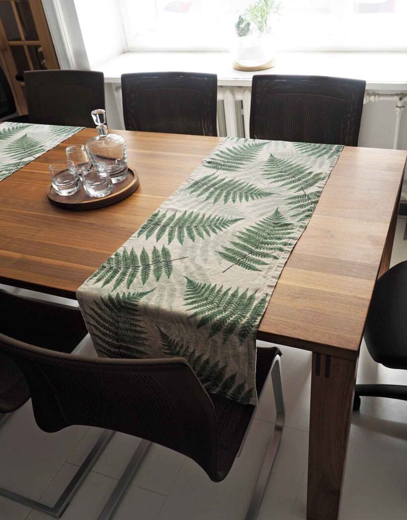 Green Fern Botanical Washed Linen Table Runner Linoroom